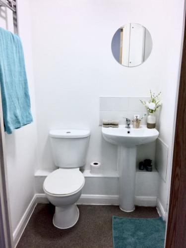 london-house--3483257720190305042129PM.jpeg