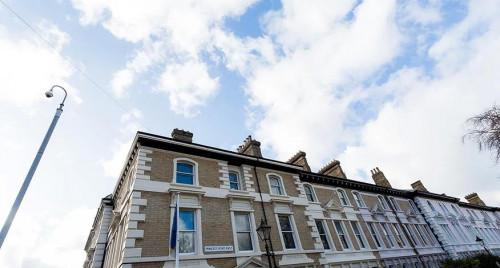 De Montfort Row