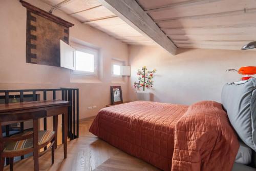 Stunning 2-bedroom apartment close to Mercato di San Lorenzo  - Gallery -  3