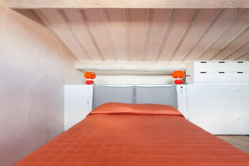 Stunning 2-bedroom apartment close to Mercato di San Lorenzo  - Gallery -  1