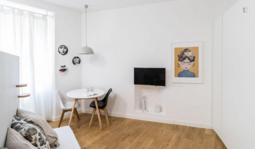 Very charming studio in Porta Garibaldi  - Gallery -  2