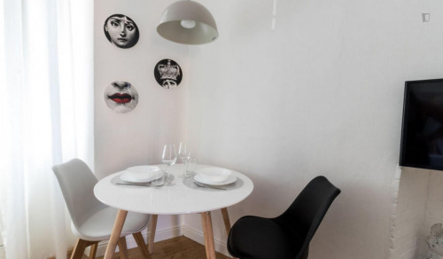 Very charming studio in Porta Garibaldi  - Gallery -  8