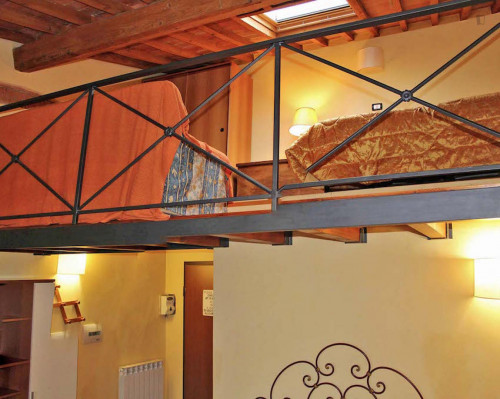 Warm and comfy studio near the Firenze P.Prato train station  - Gallery -  5
