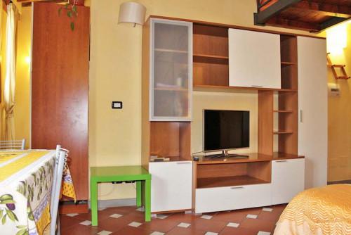 Warm and comfy studio near the Firenze P.Prato train station  - Gallery -  4