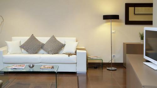 Very cool 2-bedroom flat in Monti  - Gallery -  6