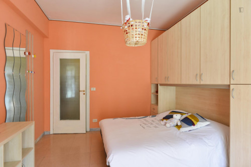 Welcoming double bedroom near Prenestina train station  - Gallery -  2
