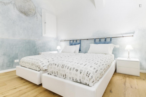 Stunning 3-bedroom apartment in Bologna city centre  - Gallery -  1