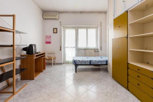 Twin bedroom in Boccea neighbourhood  - Gallery -  1