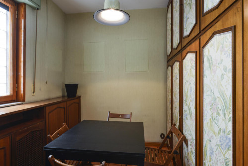 Welcoming single bedroom bordering Quartiere X Ostiense  - Gallery -  5