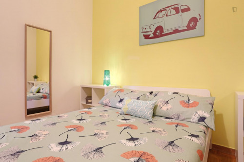 Well-lit double bedroom close to the Stadio Olimpico  - Gallery -  3