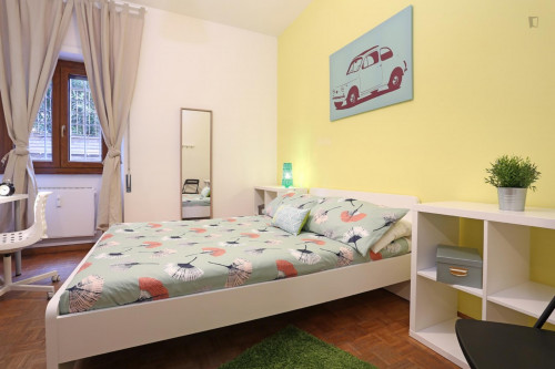 Well-lit double bedroom close to the Stadio Olimpico  - Gallery -  1