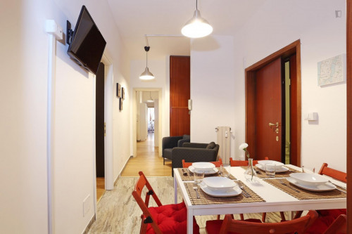 Well-lit double bedroom close to the Stadio Olimpico  - Gallery -  8