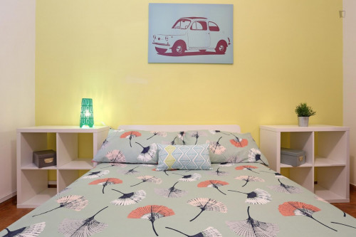 Well-lit double bedroom close to the Stadio Olimpico  - Gallery -  4