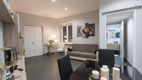 Welcoming 2-bedroom apartment near LUISS Guido Carli  - Gallery -  7