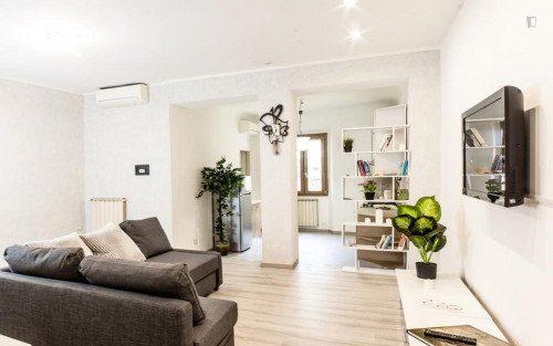 Wonderful 1-bedroom apartment near Giardino Torrigiani  - Gallery -  3