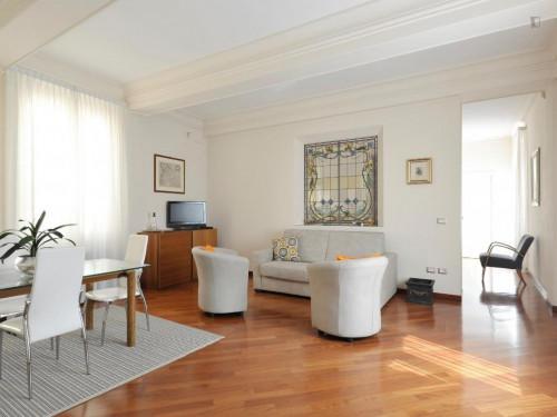 Wonderful 2-bedroom apartment close to the Basilica di Santo Stefano  - Gallery -  5
