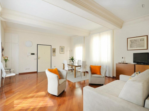 Wonderful 2-bedroom apartment close to the Basilica di Santo Stefano  - Gallery -  6