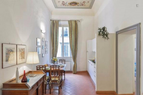 Welcoming 2 Bedroom Apartment in Florence  - Gallery -  8