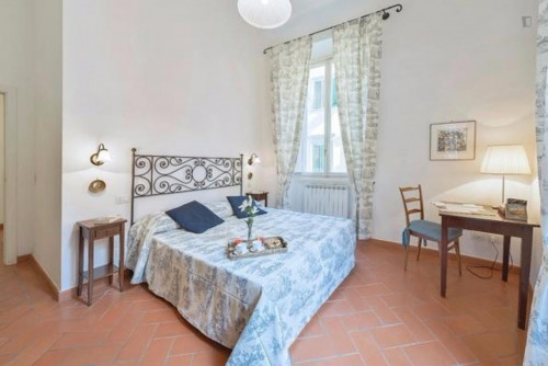 Welcoming 2 Bedroom Apartment in Florence  - Gallery -  1