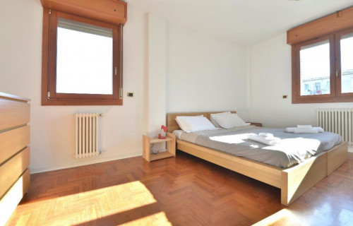 Very sunny 2-bedroom apartment in Lame  - Gallery -  1