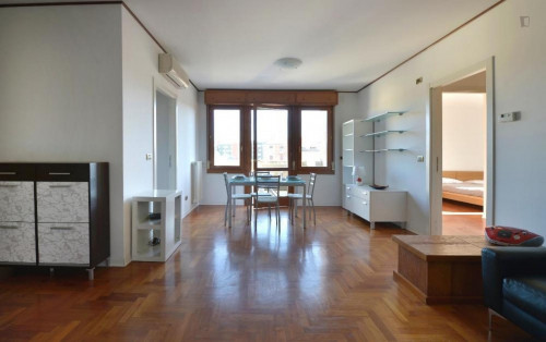 Very sunny 2-bedroom apartment in Lame  - Gallery -  5