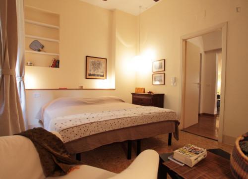 Stylish 3-bedroom apartment near Piazza della Signoria  - Gallery -  2