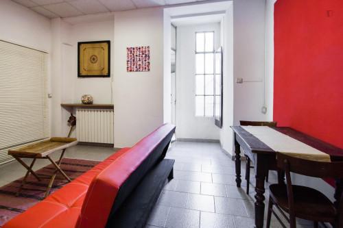Very neat for 2/3 people next to the Universita' Degli Studi Di Torino  - Gallery -  2