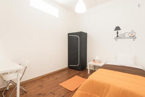 Welcoming single bedroom near Parque Eduardo VII  - Gallery -  2