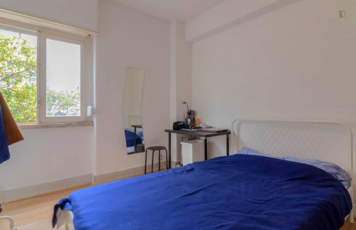 Welcoming double bedroom near the famous Basílica da Estrela  - Gallery -  1