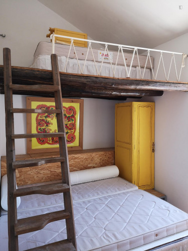Twin bed in a 4-bedroom apartment in Alfama  - Gallery -  2