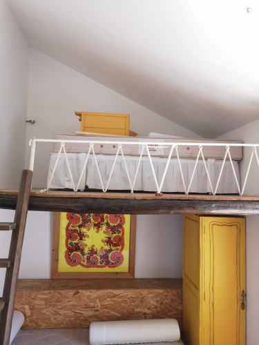 Twin bed in a 4-bedroom apartment in Alfama  - Gallery -  3