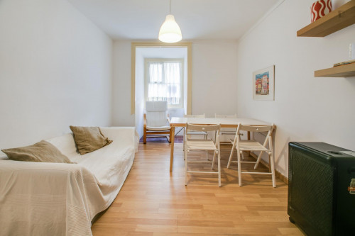 Very nice single bedroom in well-connected Marques de Pombal  - Gallery -  5