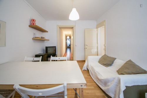 Very nice single bedroom in well-connected Marques de Pombal  - Gallery -  6