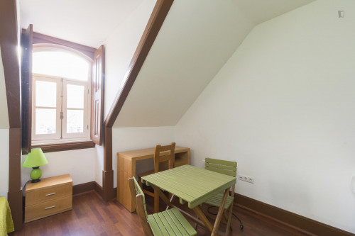 Welcoming studio in the heart of Coimbra  - Gallery -  3