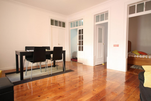 Very cool 2-bedroom apartment in green Estrela  - Gallery -  7
