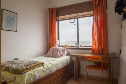 Very nice single bedroom with a wonderful view  - Gallery -  2