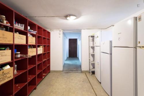 Welcoming double bedroom close to Universidade do Porto  - Gallery -  8