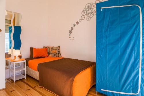 Very bright room near Universidade Autónoma de Lisboa  - Gallery -  2