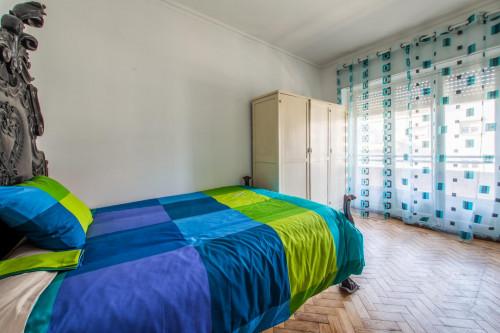 Very nice double bedroom near the Arroios metro  - Gallery -  1