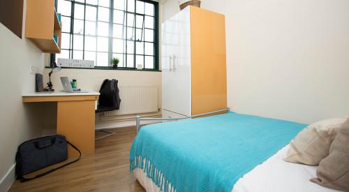 nottingham-square--207778800520171121015438.jpeg
