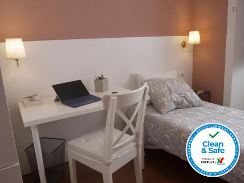 Very nice single bedroom in Porto center  - Gallery -  2