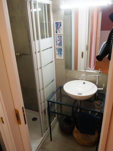 Very nice single bedroom in Porto center  - Gallery -  9
