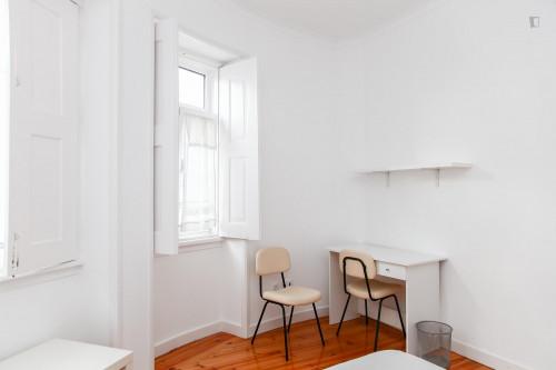Very nice double bedroom in a 5-bedroom flat, in Montes Claros  - Gallery -  4