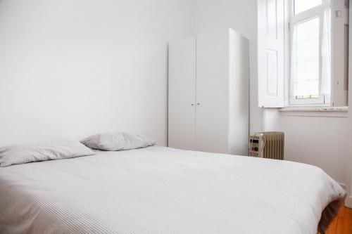 Very nice double bedroom in a 5-bedroom flat, in Montes Claros  - Gallery -  1
