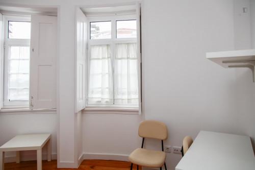 Very nice double bedroom in a 5-bedroom flat, in Montes Claros  - Gallery -  6