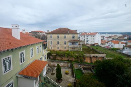 Welcoming single bedroom close to Faculdade De Economia  - Gallery -  7