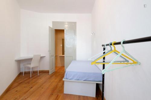 Stylish 1-bedroom flat close to Universidade de Coimbra  - Gallery -  2