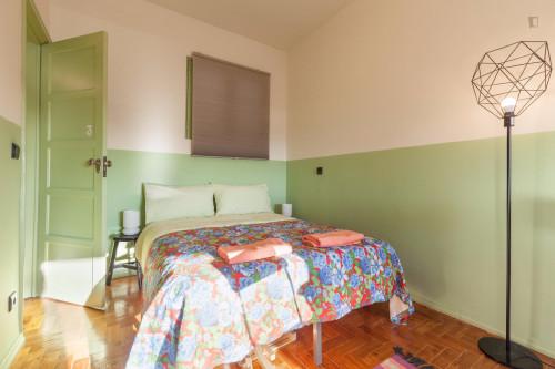 Cosy Twin bedroom close to Universidade Católica - Faculdade de Filosofia e Ciências Sociais