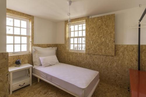 Very nice single ensuite bedroom in Baixa  - Gallery -  1