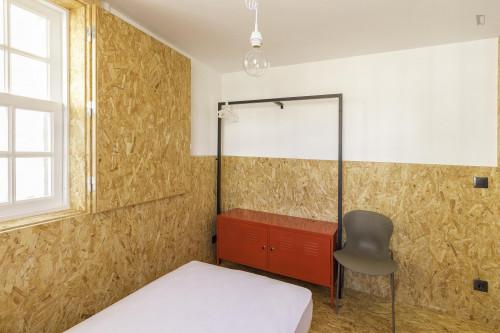 Very nice single ensuite bedroom in Baixa  - Gallery -  2